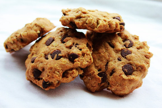 Chewy Carob Chip Organic Cookies