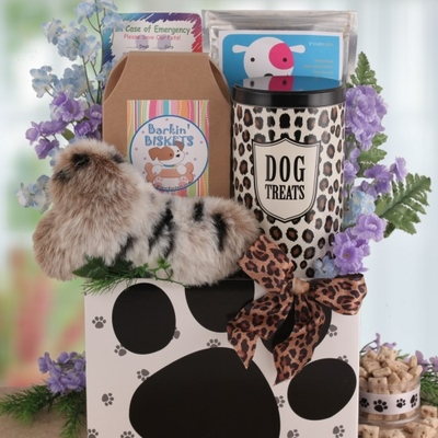 Unique gift baskets for dogs for Unusual dog gifts
